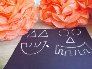 Halloween Pumpkin Tissue Pom Poms 4